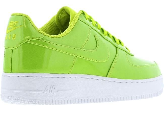 Nike AIR FORCE 1 07 lv8 uv
